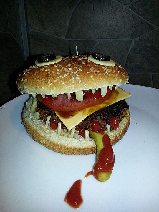 Esse ich ihn oder isst er mich? Halloween-Burger.