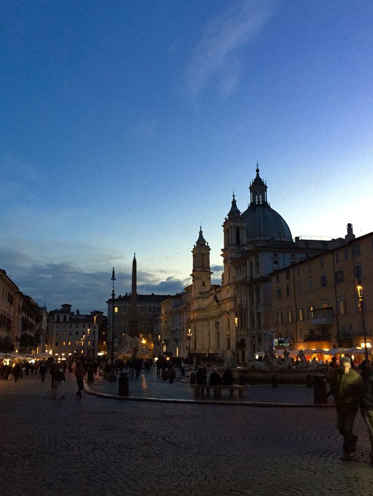 Piazza Navona crepuscolare. Novembre 2015