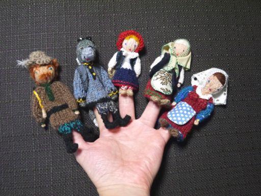 ターニャの指人形 : マールイ・ミール<通販部>
