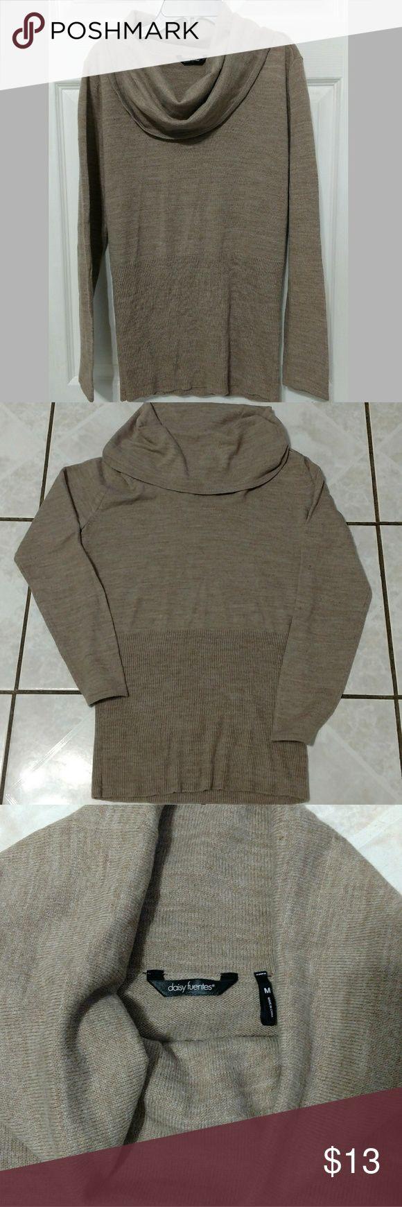Daisy fuentes cowl sweater Daisy Fuentes tan cowl sweater Daisy Fuentes Sweaters Cowl & Turtlenecks