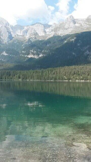 Lago di Tovel . Parco Adamello brenta