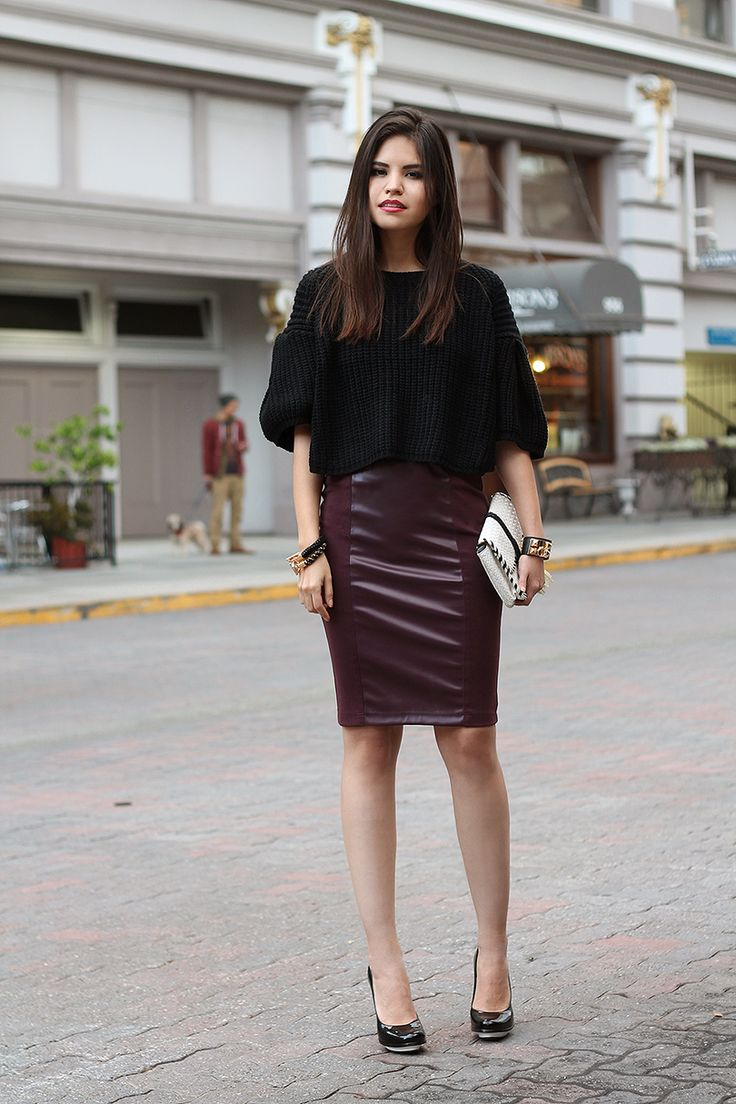 Best 25+ Leather skirt outfits ideas on Pinterest ...