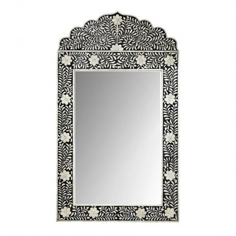 Flower mosaic mirror from Mollyshome.com