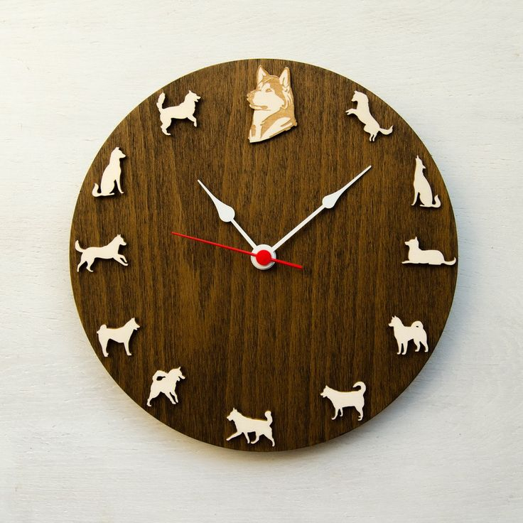 Wall clock with Husky in differt poses and portraits