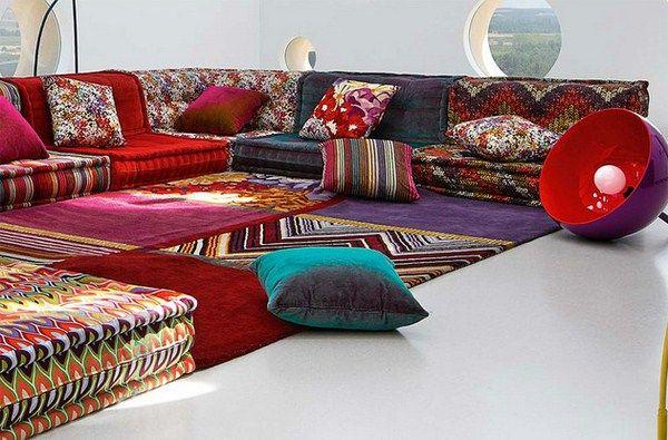 Böhmische Wohnzimmer -Roche Bobois' Modular Sofa - cooler Teppich