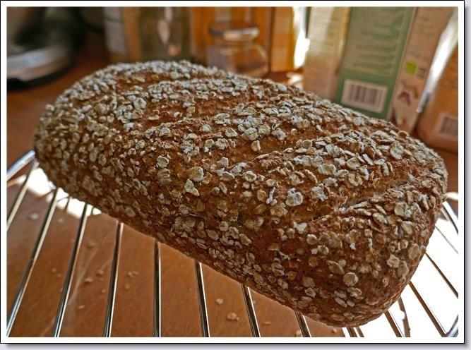 Glutenvrij haver/quinoa brood met chiazaad