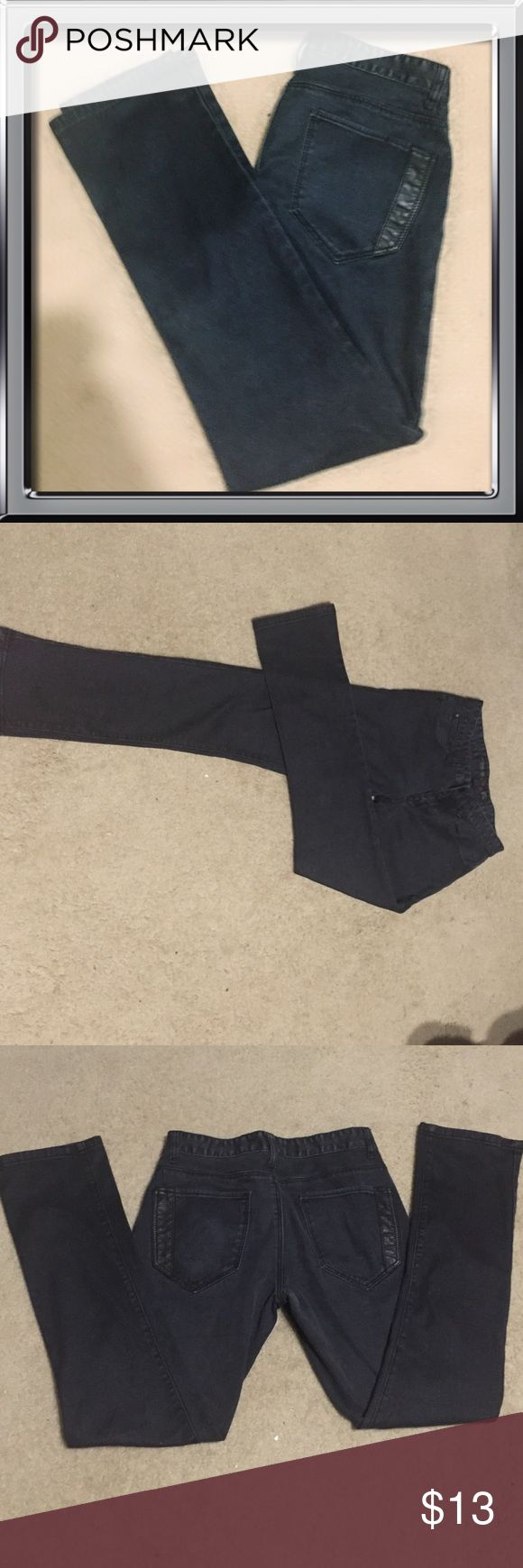 21men Black Slim Jeans 21men slim black jeans. Size 30x32. In excellent condition, minor fading from wear but no tears or fraying. Made of 70% cotton, 29% polyester, 1% elastane. 21men Jeans Slim
