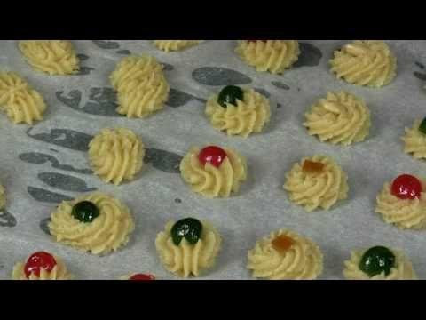 Pasticcini alle mandorle: tenerissimi biscotti di pasta di mandorla - dolci veloci e facili - YouTube