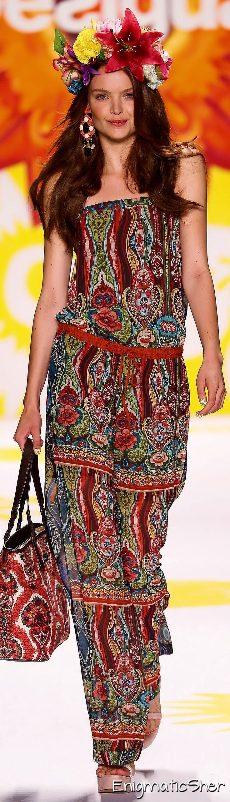 Desigual Spring Summer 2015 Ready-To-Wear----Again I can rock the outfit but the headpiece has to go!