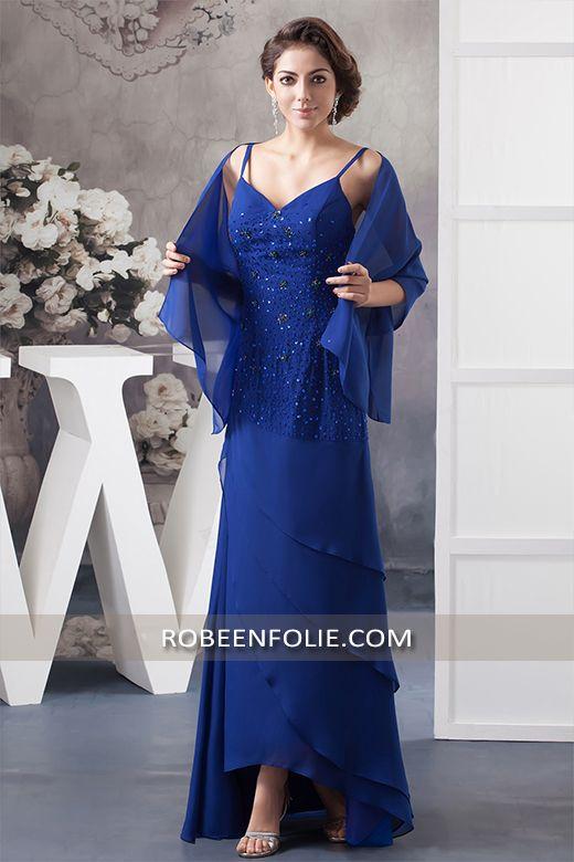 Robe mère de la mariée grande taille en bleue royale avec le haut tout agrémenté de paillettes et strass, #robe #mère #mariée #stras