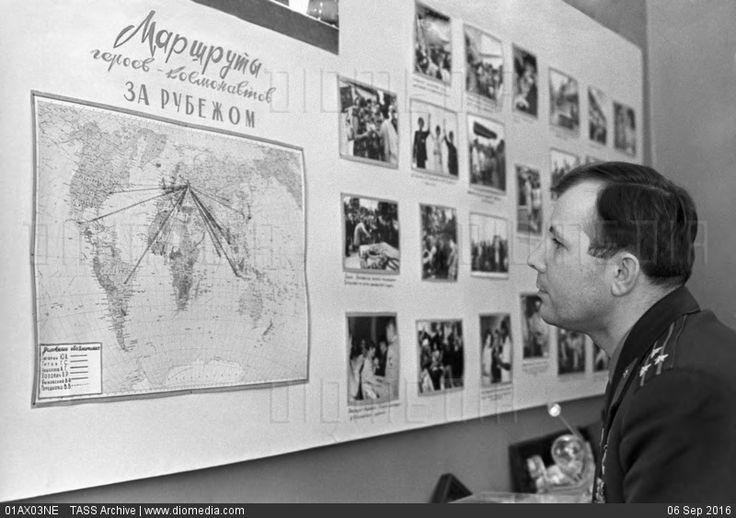 STOCK IMAGE - Yuri Gagarin, 1964 by www.DIOMEDIA.com