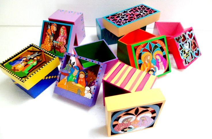 cajas con motivos navideños en técnica laser country