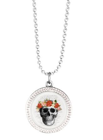 Silver Skull Necklace - Joli 2014 collection. www.fabuleuxvous.com