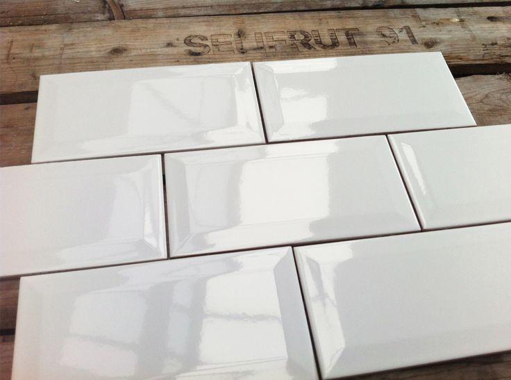 Metrotegels 10x20 wit - De metrotegel 10x20 uitgevoerd in de kleur wit ...