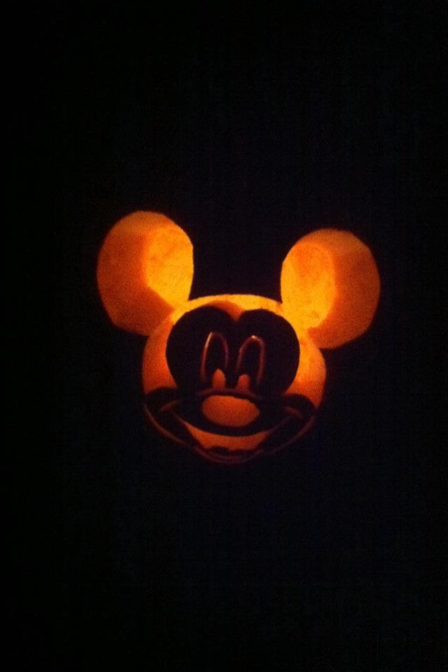 Mickey mouse pumpkin carving autumn rein pinterest for How to paint a mickey mouse pumpkin