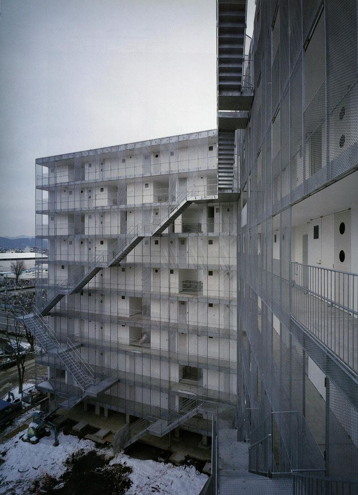 Just a Selection. - Kazuyo Sejima -Gifu Kitagata apartment building,... sanaa trap trappen gaanderij appartementen gevel