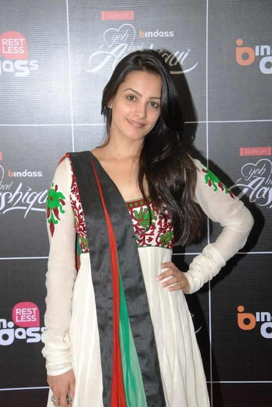 Anita Hassanandani at Yeh Hai Aashiqui screening #Bollywood #Fashion #Style