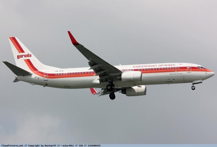 Garuda Indonesia - Boeing 737-800 PK-GFN - Singapore Changi Airport