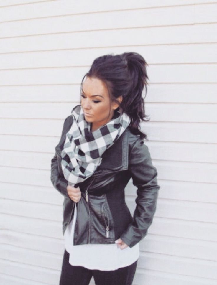 Fall Outfit - Jacket and scarf