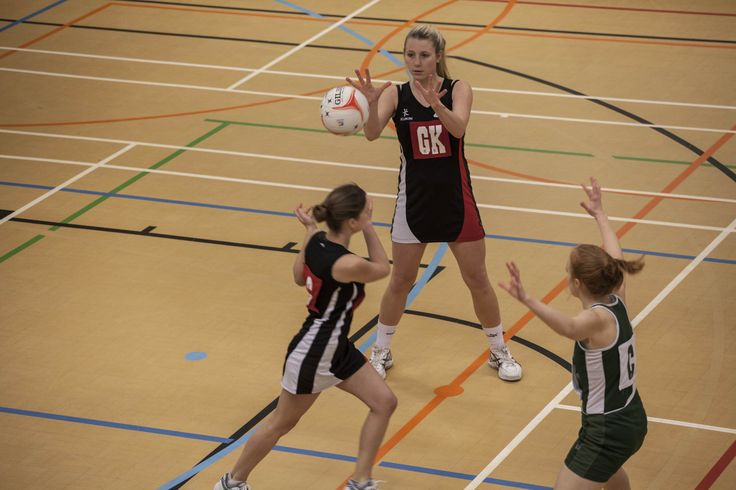 Team Solent Netball. For more information on the team, visit our website: www.solent.ac.uk/netball