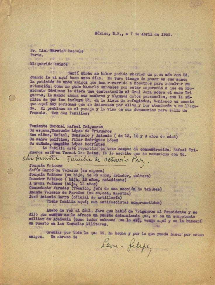 """Carta en la que León Felipe recomienda a dos familias para viajar a México. A mano, añadió la anotación """"Otra familia, familiares de Octavio Paz""""."""
