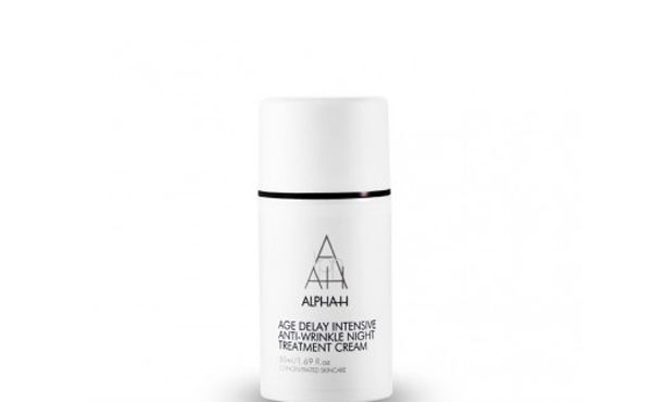Experts tell: This is when to start using anti wrinkle products. It's never too late to start taking care of your skin! Look for a moisturiser with active ingredients like glycolic and salicylic acids and Vitamin A, like Alpha H Age Delay Intensive Anti-Wrinkle Night Treatment Cream, $72.