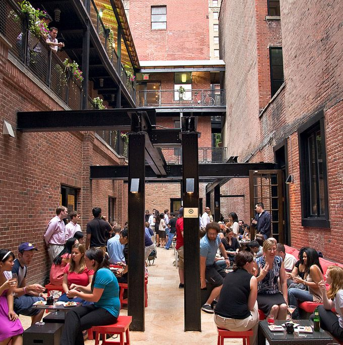 Center City Sips at Raw Sushi and Sake Lounge means hanging out on its backyard patio while taking advantage of happy hour deals. #Philadelphia #MidtownVillage