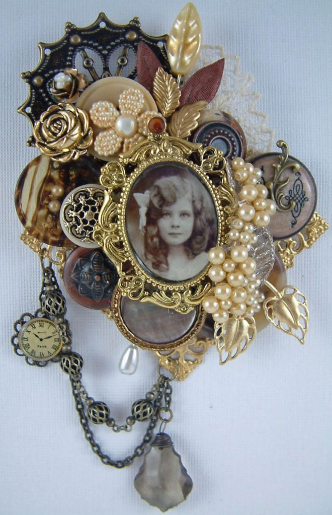 vintage button brooch: Buttons Brooches, Tutorials, Jewelry Art, Vintage Buttons, Laura Carson, Antiques Brooches, Gingersnap Creations, Art Muse, Vintage Brooches