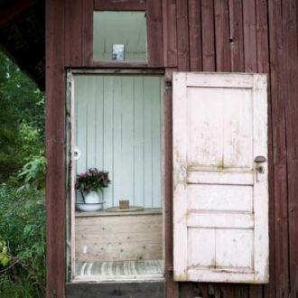 Leśna chata w stylu skandynawskim : Weranda Country
