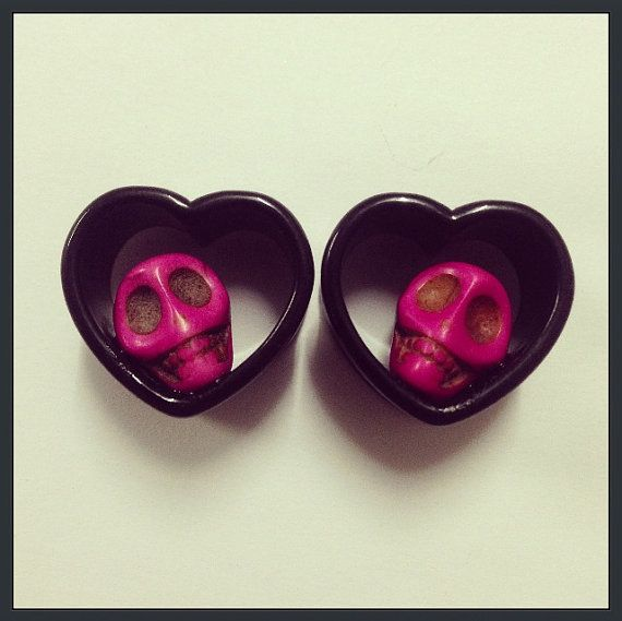 Skull heart ear plugs!