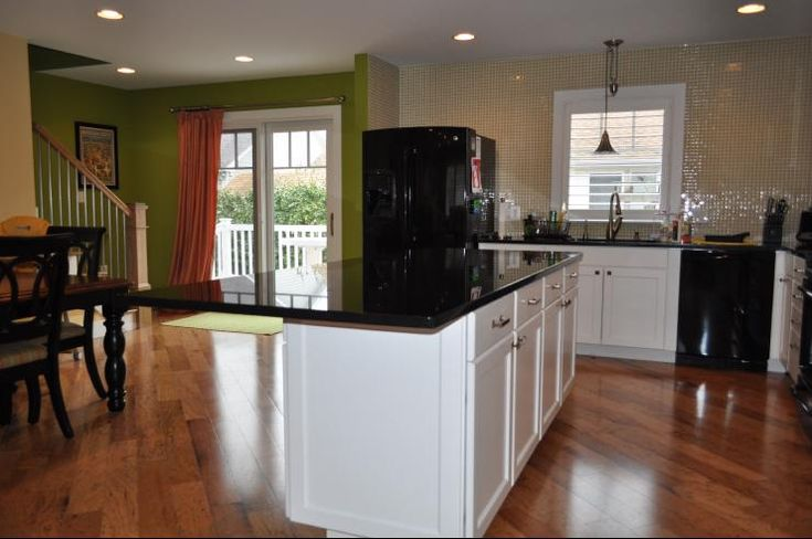 Kitchens Sherwin Williams Compatible Cream Amp Luau Green
