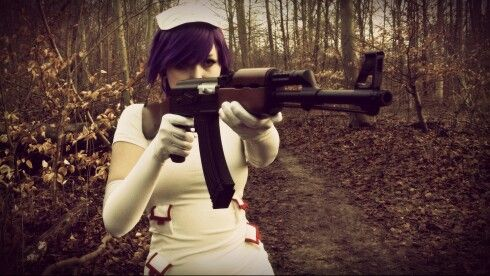 Monique Helmer cosplaying Noodle from Gorillaz Melancholy hill <3