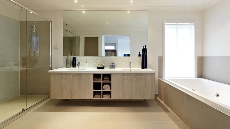 Carlisle Homes Bellmore bathroom - don't like the colours but great layout