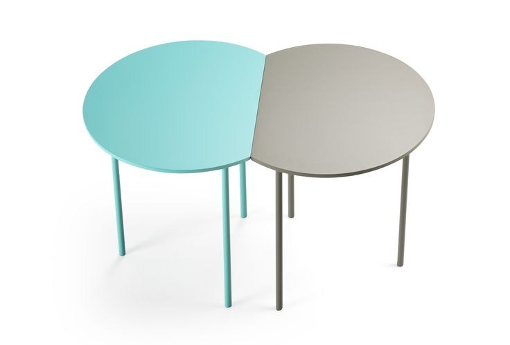 | CORT - Designed by: Francesc Rifé | A collection of occasional tables, with cut top to one side allowing support to the wall and at the same time enjoy the benefits of a round table. Comprising MDF top made in natural veneer (oak or walnut) or lacquer and three lacquered solid metal rods (Ø15 mm).