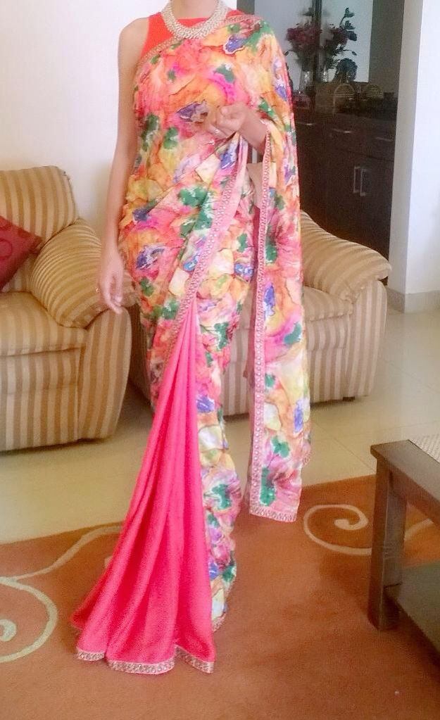 Simple, elegant saree for attending an Indian wedding <3 Or just a party. Or lunch, dinner, tea, just about anything!! ;) #Pinklove #Pearls