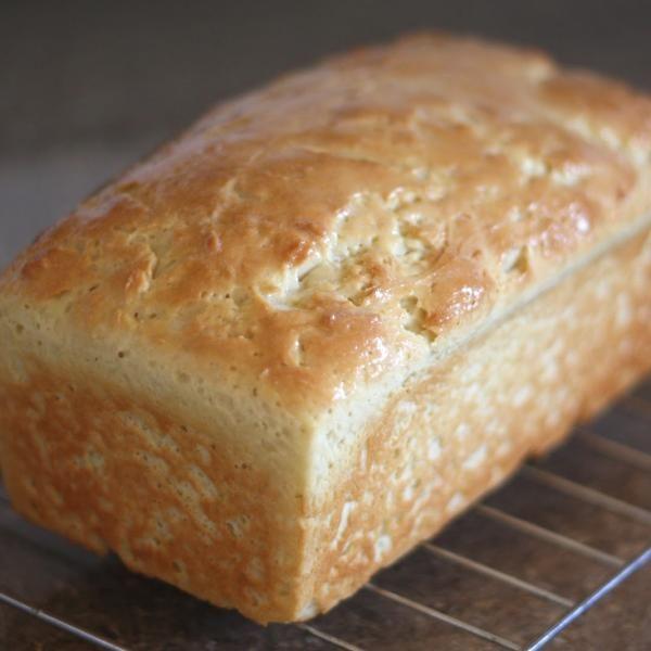 Aprenda a preparar pão caseiro sem glúten e sem lactose com esta excelente e fácil receita. Procurando uma receita de pão sem glúten e sem lactose que fique fofo e... Mais