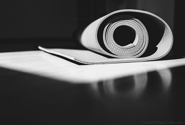 https://flic.kr/p/JnT9sc | Yoga mat is on the floor black and white image | Fujifilm X-E2 + 23mm f1.4  21 июня - международный день йоги и самый длинный день в году   June 21th - International Day of Yoga and the longest day of the year #yoga #health #sport