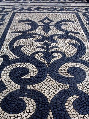 black and white rock mosaic. Perfect for a diy patio or make a 5x8 as an outdoor rug