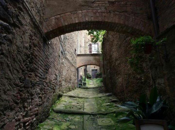 Steep at narrow street, Cordona, Tuscany