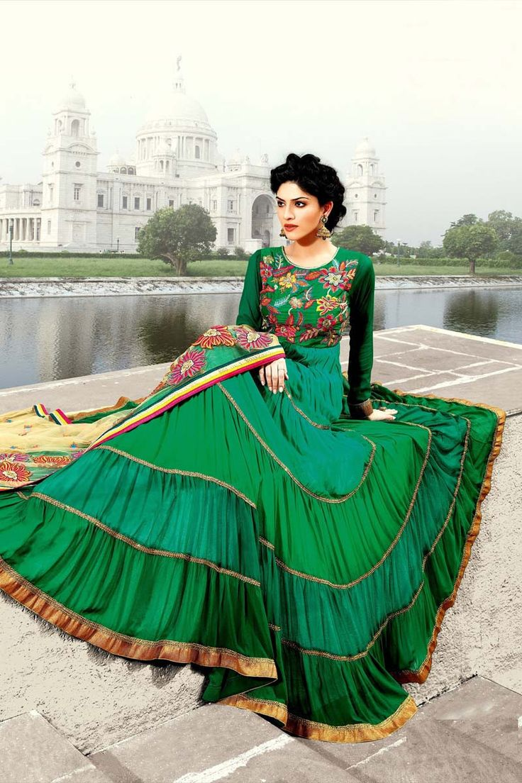 Green Georgette Semi Stitched Salwar Suit