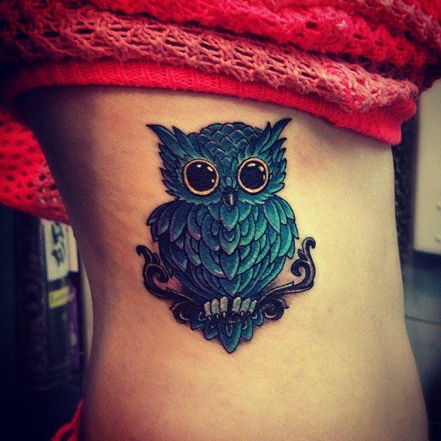 Татуировка - сова(нанесена на боку). Тату сделана одним сеансом за 2,5 часа, мастером Вадимом. Студия художественной татуировки и пирсинга EVOLUTION. www.evotattoo.ru. #tattoo #art #draw #paint #artists #ink #photos #owl #owls #colors #style #girls_with_t
