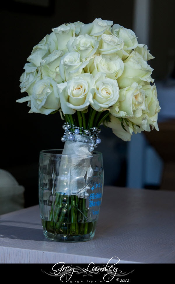 Lollipop roses with pearls around stems