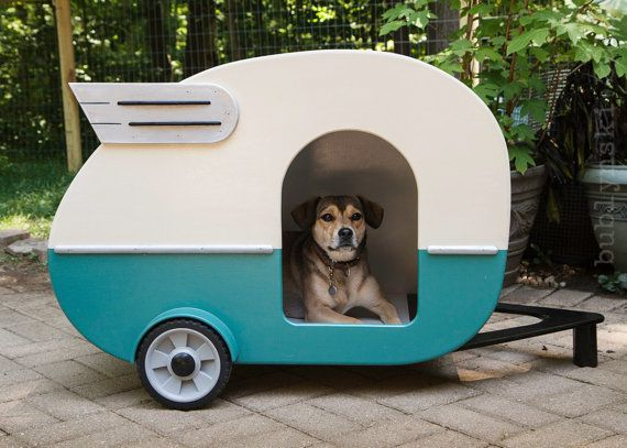 Indoor Camper Doghouse di jumahl su Etsy, $1200.00