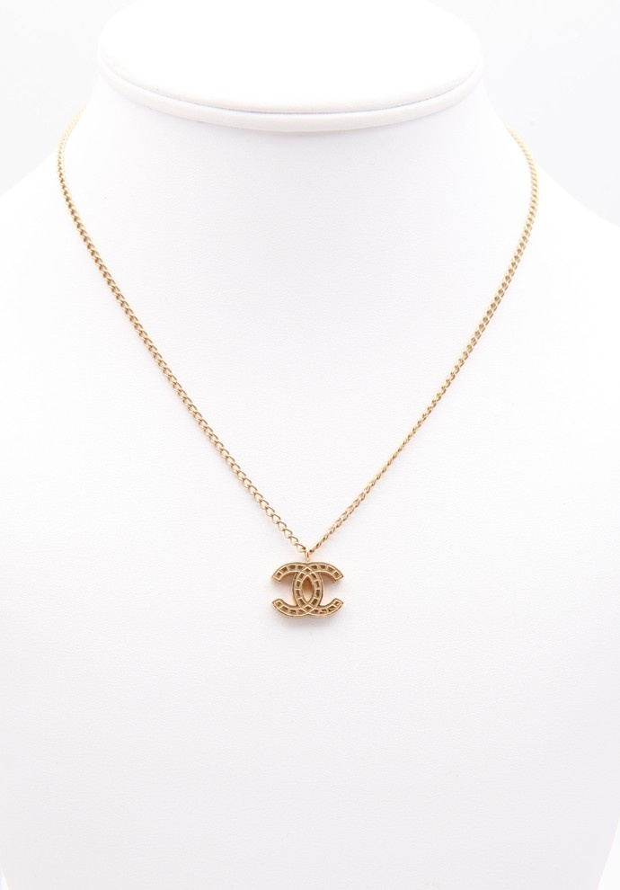 Simple Gold Chanel Logo Necklace Available For Sale W