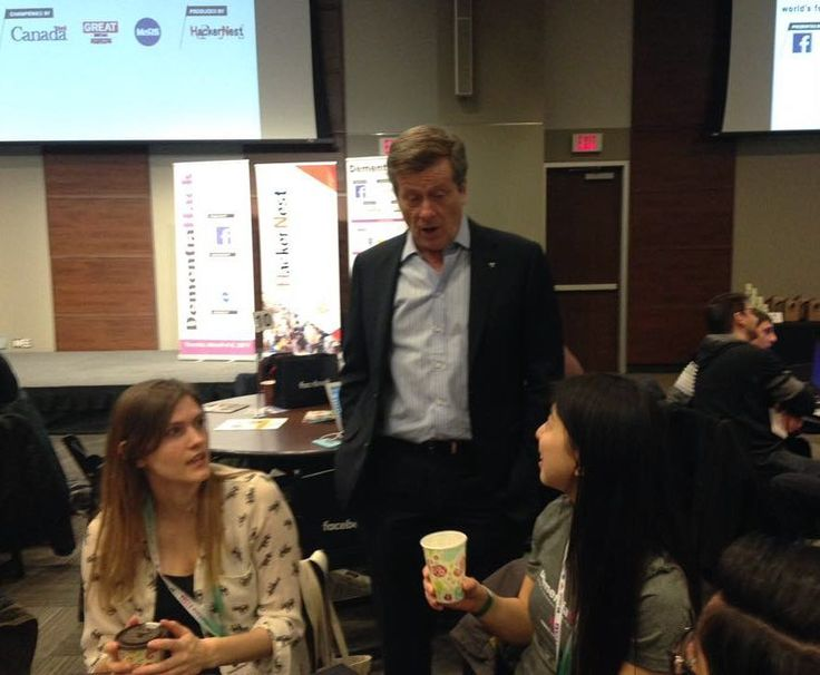 Just chatting with Mayor John Tory  #dementiahack
