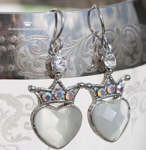 heart earrings www.bohemiandreams.co.uk