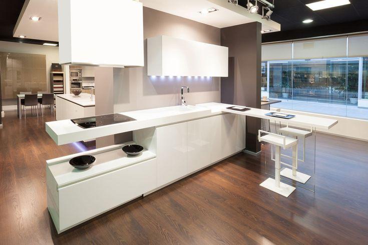#Encimeras de #cristal templado #diseño de #cocinas. #linea3cocinas #Madrid