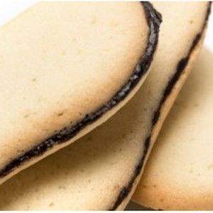 Homemade Pepperidge Farm Milano Cookies are a grocery store classic. Now you can make them at home courtesy of this copycat recipe. They are made with baking ingredients found around this house plus chocolate cookie filling.