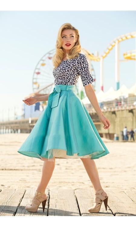 Blue Racer Skirt - beautiful, just beautiful!  <3