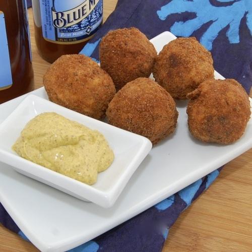 SauerkrautBalls!!: Appetizerssid Dishes, Is Schmidt Sausages, Peas Kitchens, Appetizersfootb Parties, Appetizers Ideas, Sausages Haus, Sweet Peas, Favorite Recipes, Sauerkraut Balls